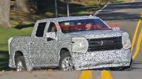 Chevy Silverado spy shot