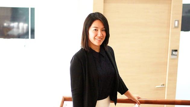[プロフィール] 根岸萌/1987年生まれ。上智大学 外国語学部英語学科卒業後、総合商社に入社。資源のトレーディングに関わり、途上国と先進国間でのサプライチェーン作りを担当した。入社4年目にはシンガポールに駐在。2016年10月に独立行政法人国際協力機構へ。