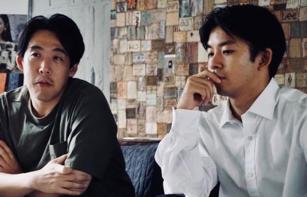 十年後の日本について想いを巡らせる2人