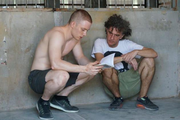 ジャン=ステファーヌ・ソヴェール監督(右)と主演のジョー・コール(左)