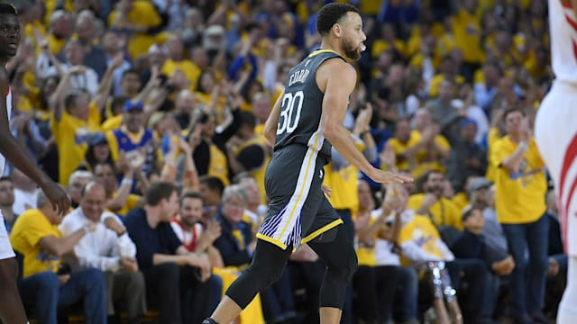 9f86785e800e The Golden State Warriors appear unconcerned about Stephen Curry s injury.