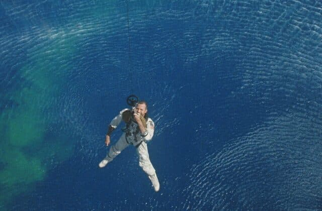 '60s NASA photos reveal golden age of space travel