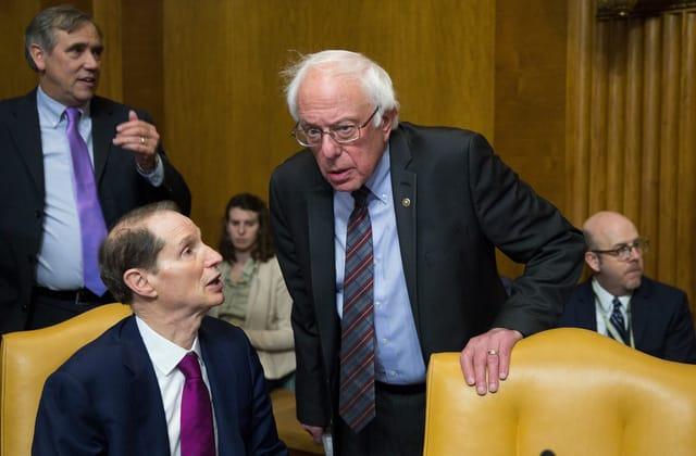 Senate Democrats call for automatic stimulus checks