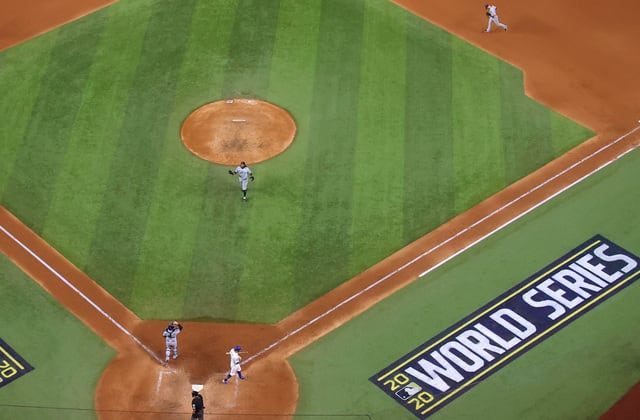 2 possible MLB rule changes reportedly 'dead issues' in 2021