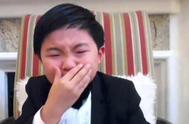 8-year-old actor bursts into tears while accepting award: Watch