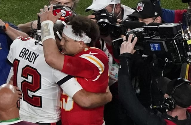 Tom Brady — again — gets the better of Patrick Mahomes