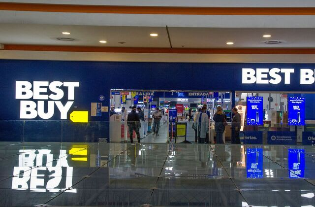 Best Buy cuts 5,000 jobs even as sales skyrocketed during the pandemic
