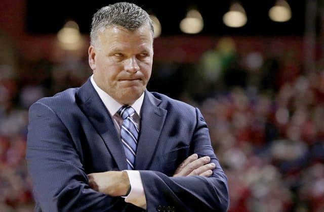 Coach apologizes for 'deplorable' plantation remark