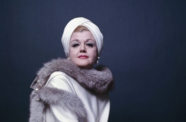 At 95, here's what Angela Lansbury looks like now