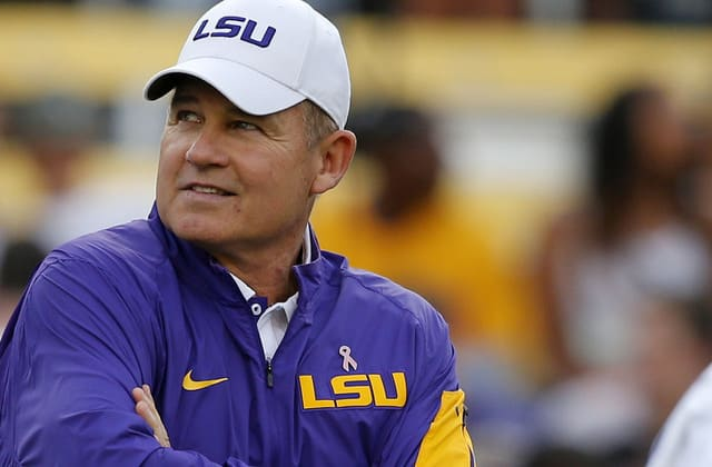Reports: Les Miles was investigated for sexual harassment