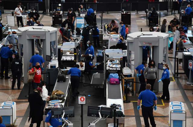TSA: Rate of guns seized at airport checkpoints rose