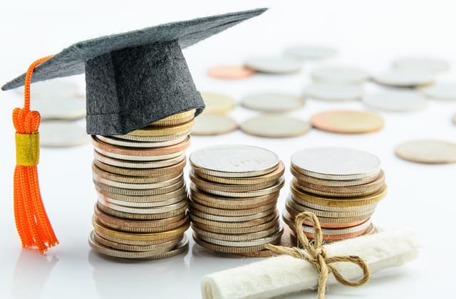 Poll shows divide over cancelling student loan debt