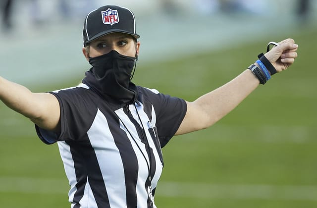 Referee to be 1st woman to officiate a Super Bowl