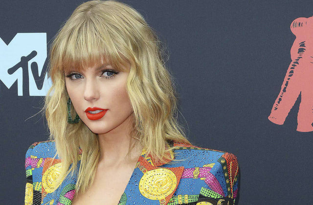 Taylor Swift takes on Netflix over 'deeply sexist' joke