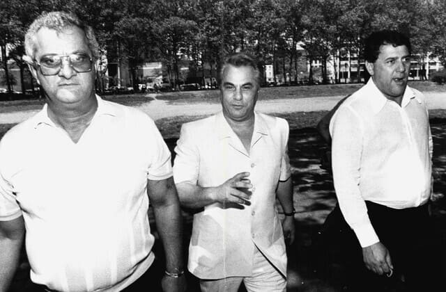 Mob boss John Gotti's brother Peter dies in prison