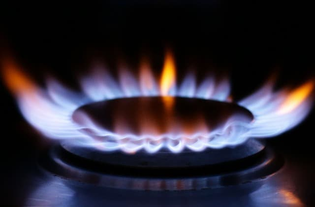 One million energy customers to receive refunds