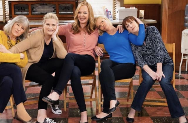 'Mom' fans petition to save show from cancellation