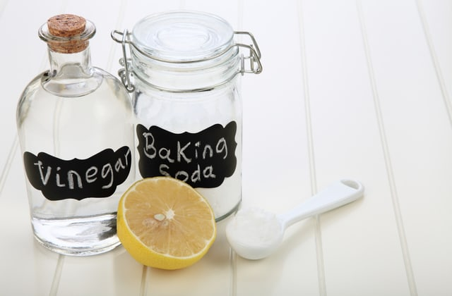 30 life-changing ways to use baking soda