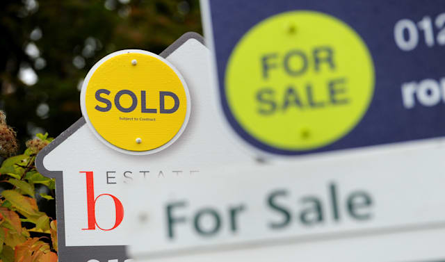 Average house price barely changed since March' - AOL