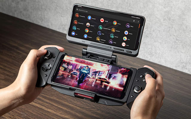 ASUS ROG Phone 3 with TwinView Dock 3 and Kunai 3 Gamepad.