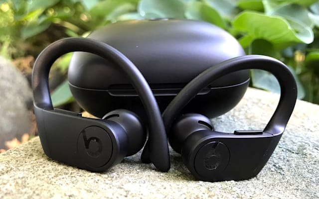 Powerbeats Pro earbuds