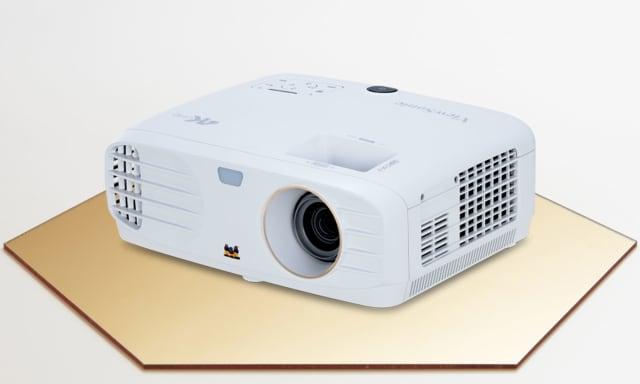 Οδηγός δώρων διακοπών: Προβολέας Viewsonic PX727-4K