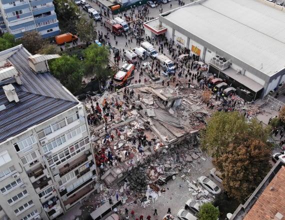 Quake kills at least 19 in western Turkey