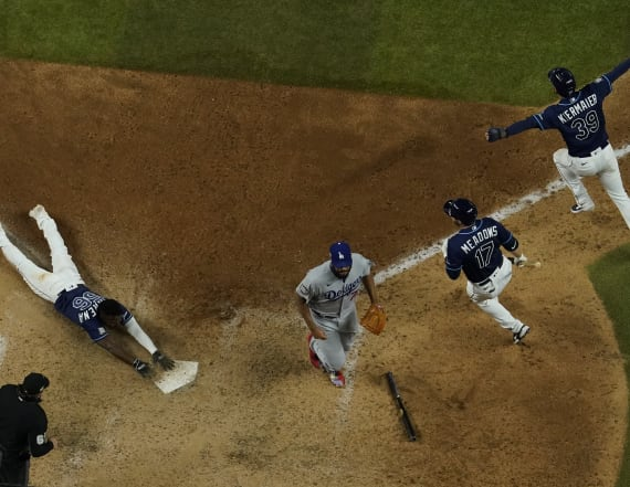 World Series' Game 4 ending redefines crazy