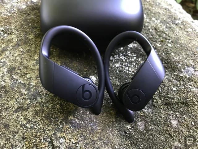 Beats Powerbeats Pro earphones