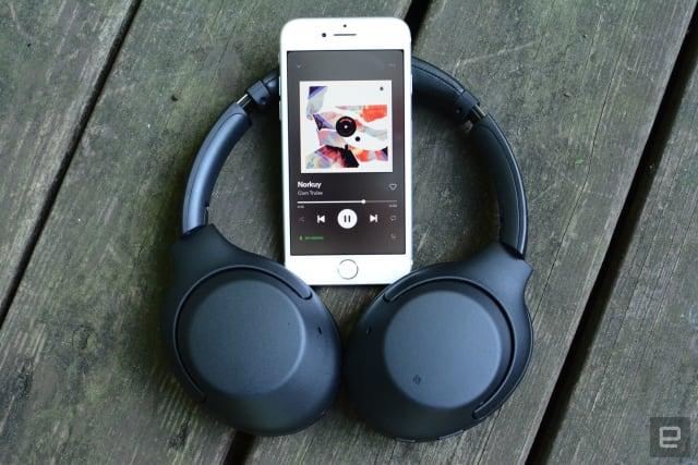 Sony WH-XB900N headphones