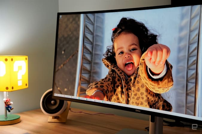 Dell UltraSharp 40 ultrawide monitor
