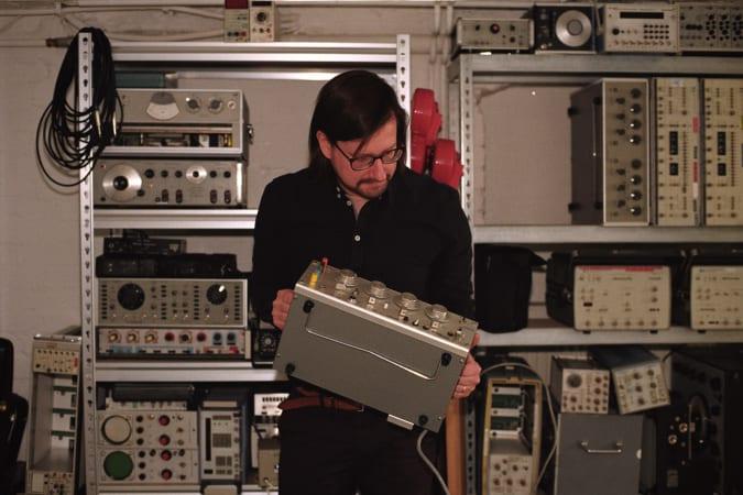 Musician Hainbach playing his test equipment