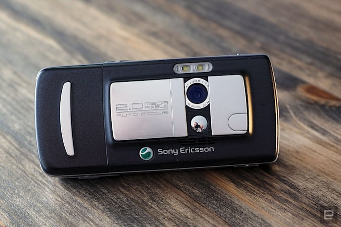 An utterly gorgeous image of the rear side of Sony Ericsson's K750i, a candybar phone from 2005 that had a slide-out camera.