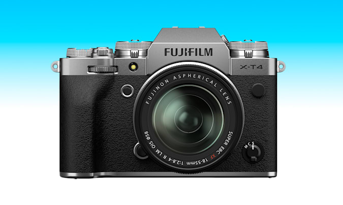 An article from the Engadget 2021 Father's Day gift guide: Fujifilm X-T4