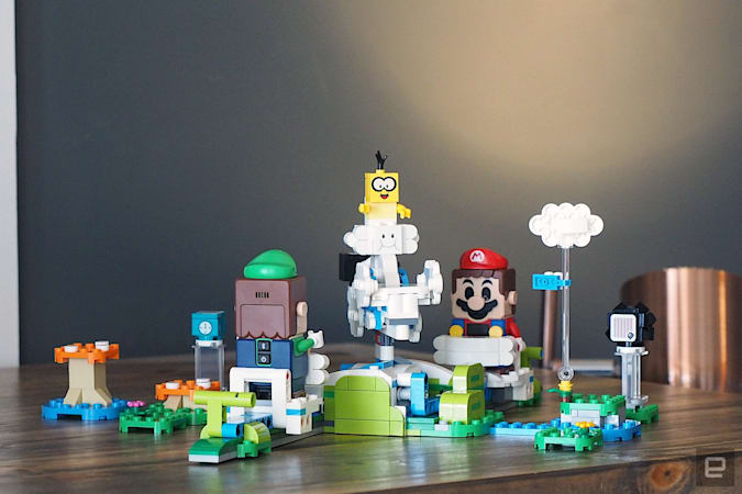 Image of the Sky Palace Lego Mario expansion set