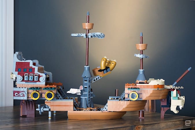 Image of Bowser's Airship in the wide