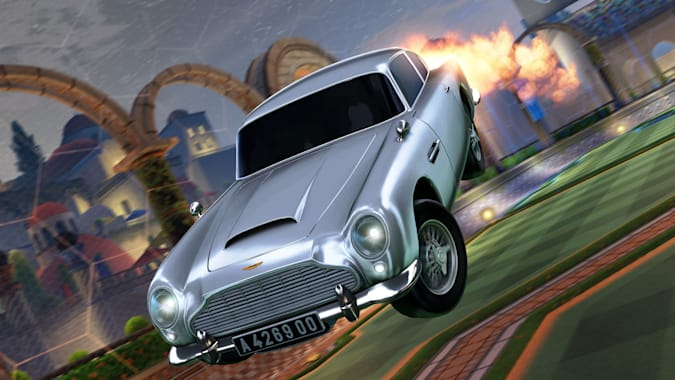 James Bond's 1963 Aston Martin DB5 in Rocket League