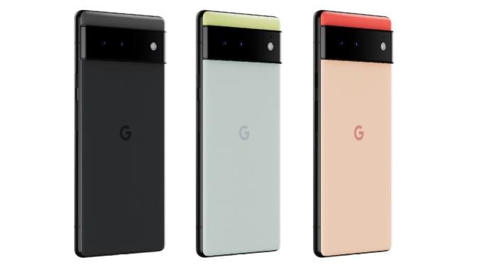Três smartphones Pixel 6.  Da esquerda para a direita, seus esquemas de cores são preto / preto, verde / azul e vermelho / pêssego.