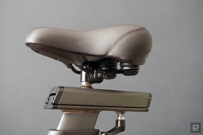 Images of the CAROL HIIT bike