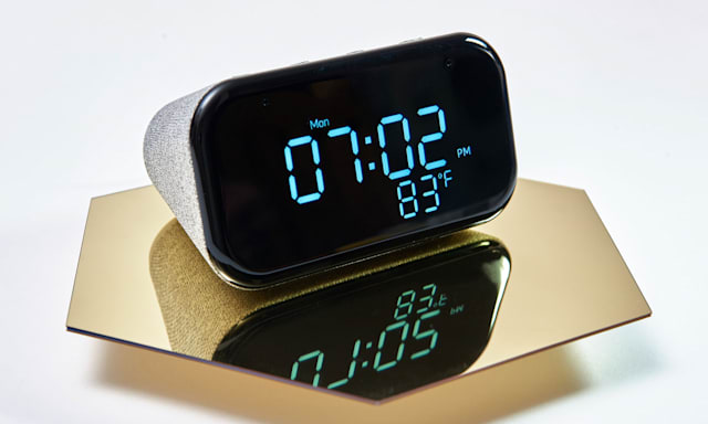 Holiday Gift Guide: Lenovo Smart Clock Esssential