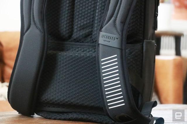 Samsonite Konnect-i backpack with Google Jacquard hands-on