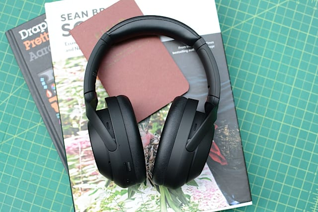 Sony WH-1000XM4 headphones