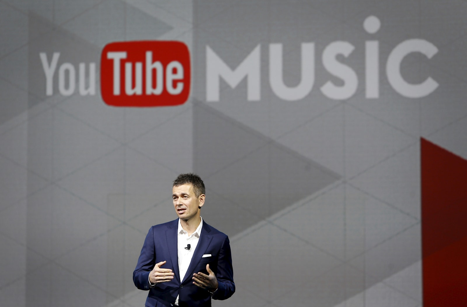 youtube and warner extend their streaming music deal. Black Bedroom Furniture Sets. Home Design Ideas
