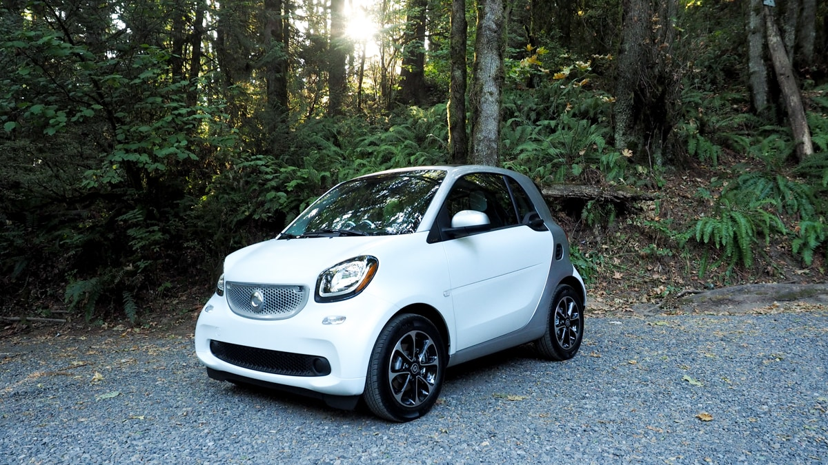 Mercedes 39 newest mini car is one you 39 d actually want to drive for Smart car mercedes benz
