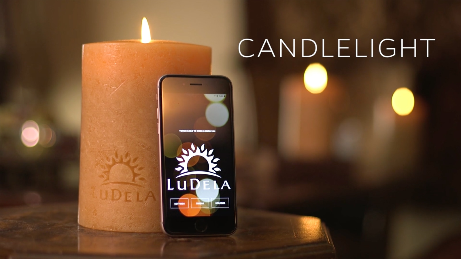 control this smart candle 39 s real flame with your smartphone. Black Bedroom Furniture Sets. Home Design Ideas