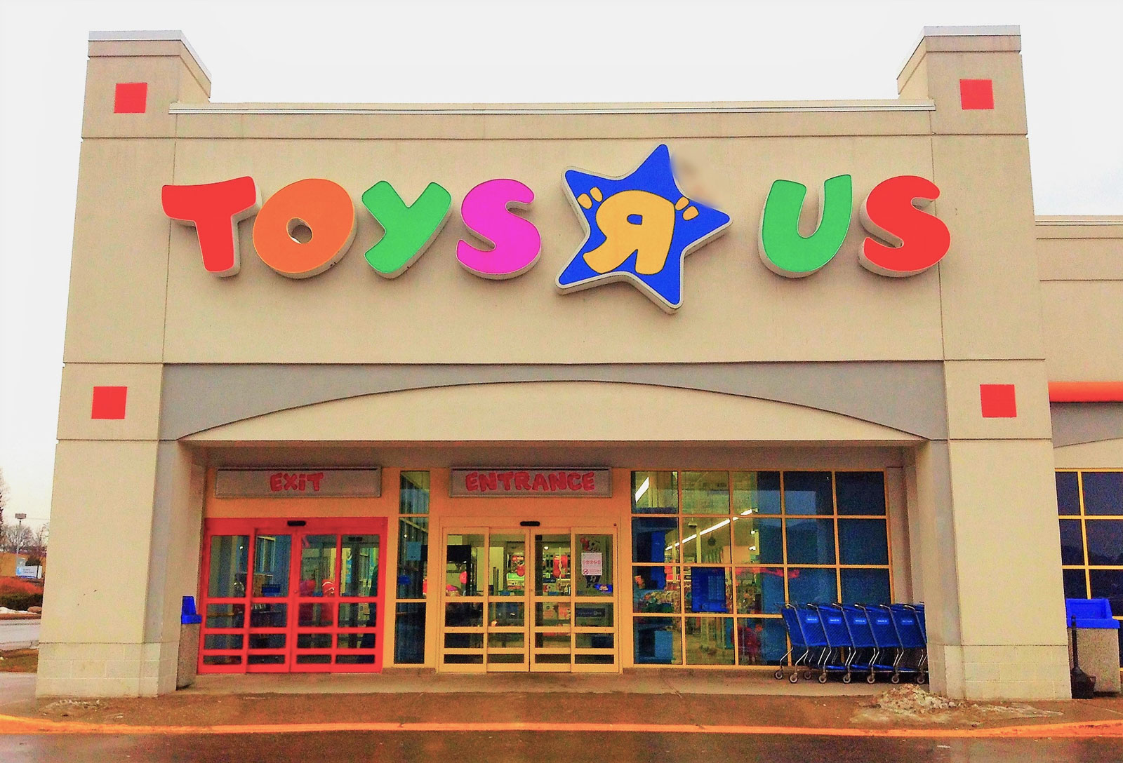 All Toys Toys R Us : Bankrupt toys 'r us is closing all and uk stores