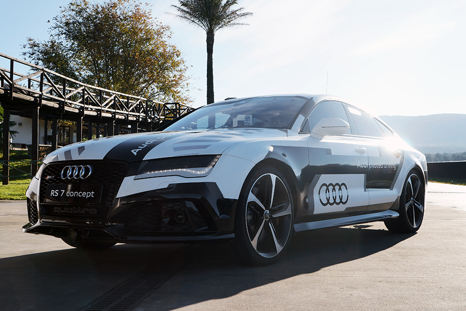 Riding In Audis MPH Selfdriving RS The AntiGoogle Car - Audi car 7
