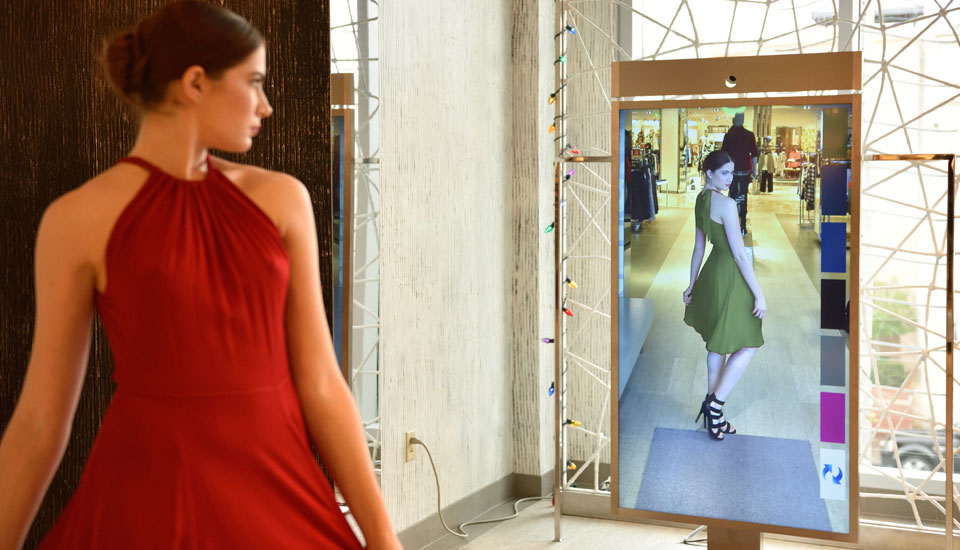 Neiman Marcus\' digital mirror compares clothes side by side