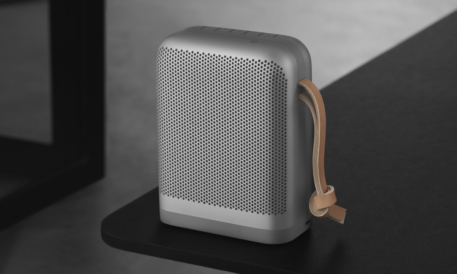 b o 39 s beoplay p6 speaker blasts your summer playlists in all directions. Black Bedroom Furniture Sets. Home Design Ideas