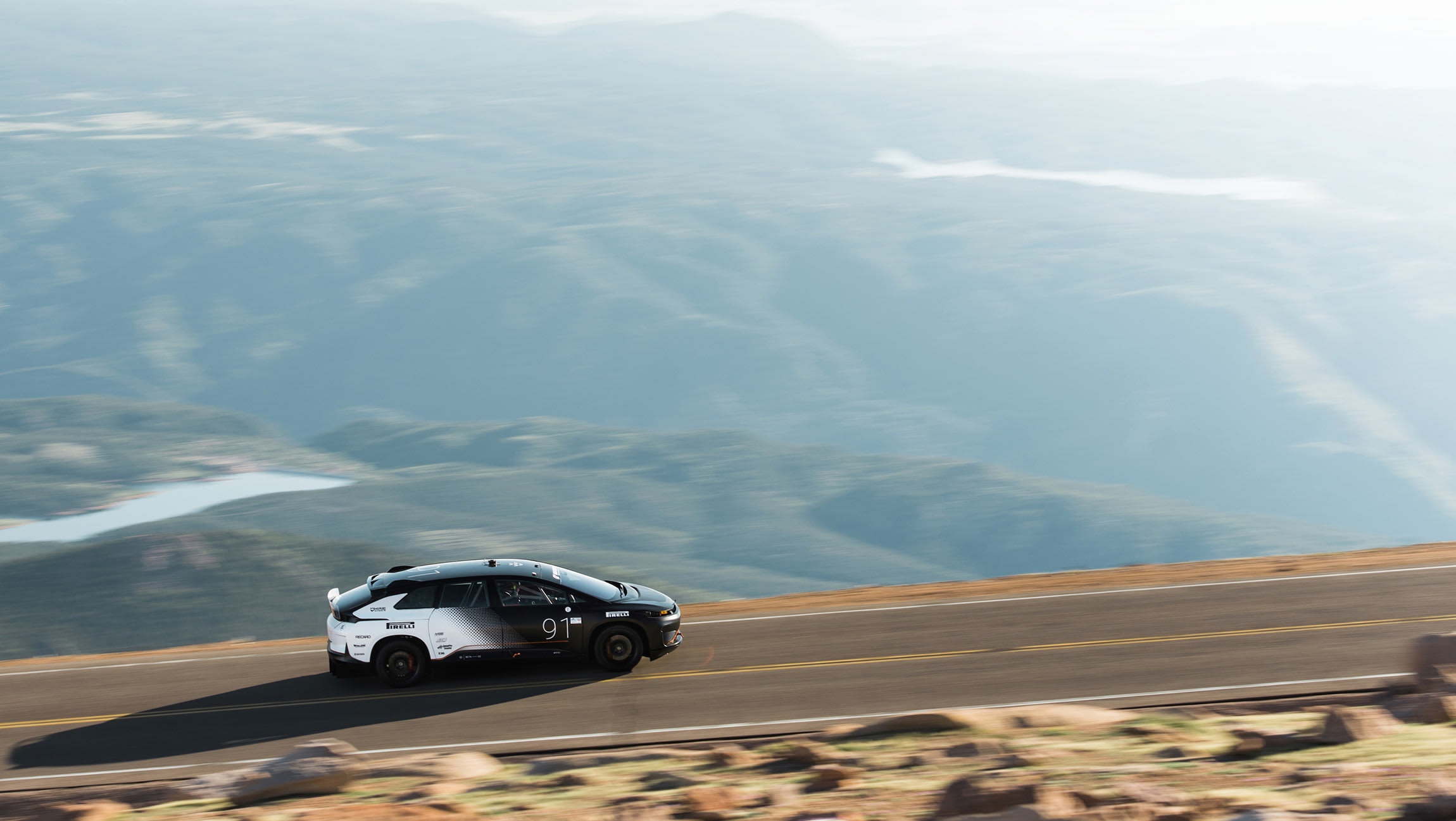 watch the faraday future ff91 set a pikes peak record. Black Bedroom Furniture Sets. Home Design Ideas